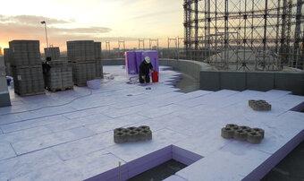 A l'heure des constructions du futur :  Une toiture inversée végétalisée pour les bâtiments administratifs du Campus EUREF à Berlin